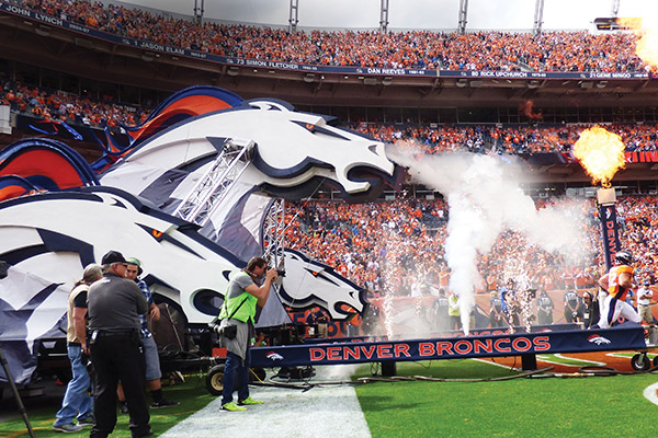 Denver Broncos Foam entrance w/Smoke